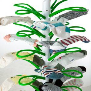 ソックスハンガー グリーン 靴下が16足干せる 靴下ハンガー ランドリーハンガー スリム収納 省スペース 靴下干しハンガー 下着も干せる socks tree